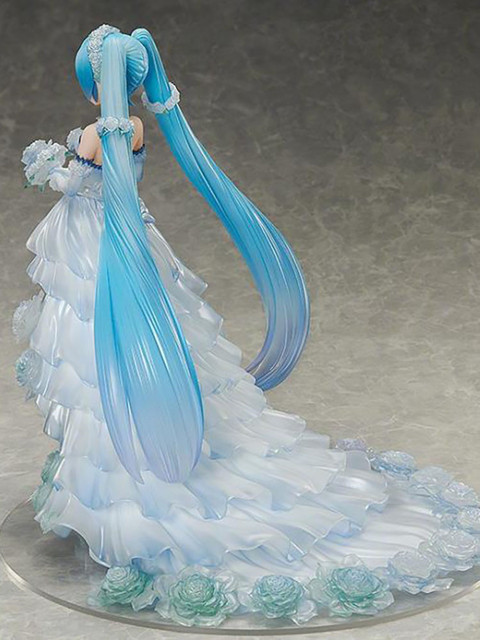 Hatsune Miku Wedding dress 1