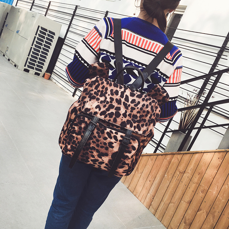 2018 New Fashion Leopard Women Backpack School Backpack for Teenager Girls Oxford Waterproof Backpack Travel Bags S137
