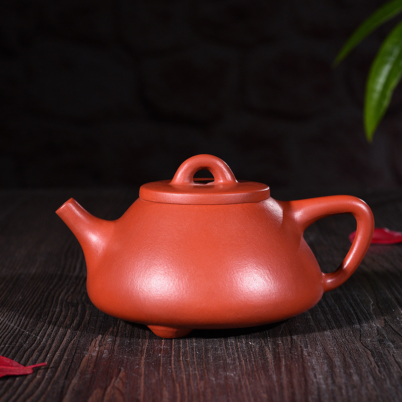 Purple Sand Bottle Real Products All Hand-made High-quality Raw Mine Zhumushi Pot Pot Kungfu Teapot Tea Set WholesalePurple Sand Bottle Real Products All Hand-made High-quality Raw Mine Zhumushi Pot Pot Kungfu Teapot Tea Set Wholesale
