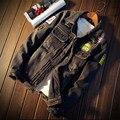 2015 gruesos pantalones vaqueros chaqueta de los hombres slim fit hombres chaqueta vaquera 2015 nueva llegada hombres rompevientos hombres abrigo de invierno Más Tamaño 3XL, 4XL, 5XL