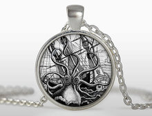 Steampunk octopus on the nebula pendant octopus necklaces collier Steampunk octopus jewelry Gift for men for her HZ1