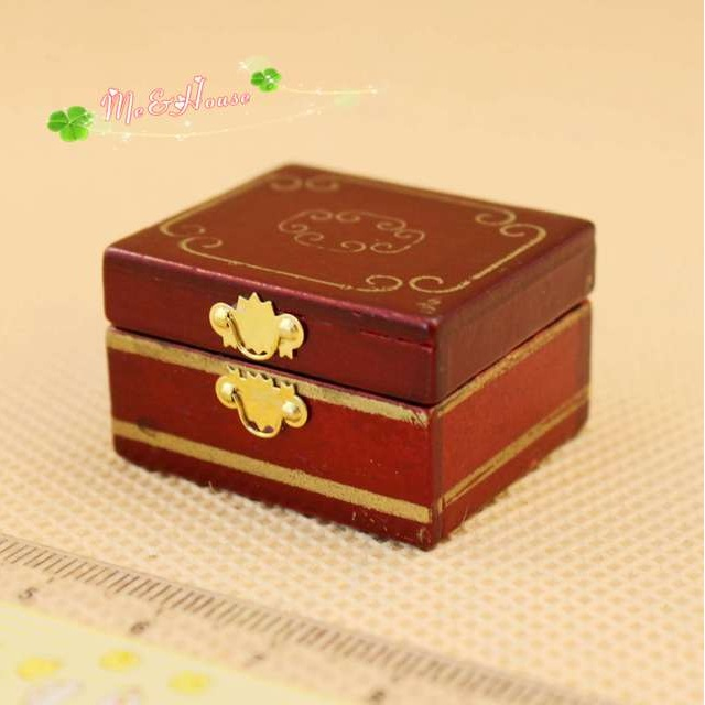 Mini dollhouse Retro luxury makeup case mini jewelry box Chinese