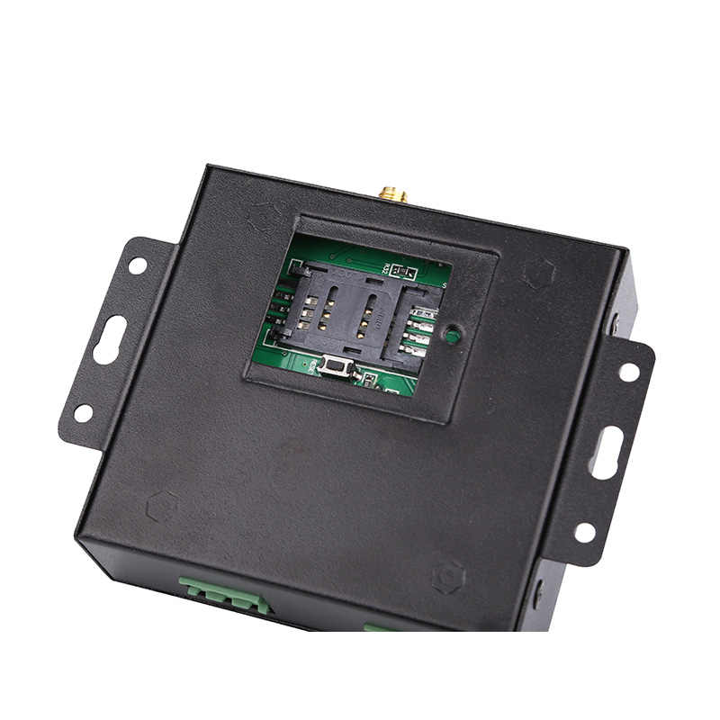 Wireless GSM RTU5024 Pembuka Gerbang Relay Switch Gratis Panggilan Telepon Keamanan Sistem Alarm untuk Pintu Otomatis GSM Pembuka Garasi Mempertahankan