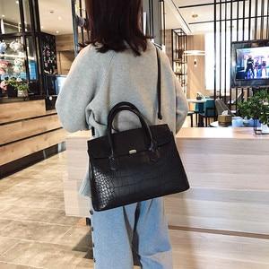 Image 5 - 2019 New Female Handbag Cayman PU Leather Women Shoulder Bag Big Luxury Brand Summer Ladies Large Capacity Casual Totes Hand bag