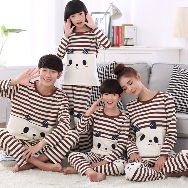309a7f55a7 Dad Father and Son Matching Clothes Mother Daughter Pajamas Family  Christmas Pyjamas Papa Mama Bear Baby Bear Clothes Suits Set
