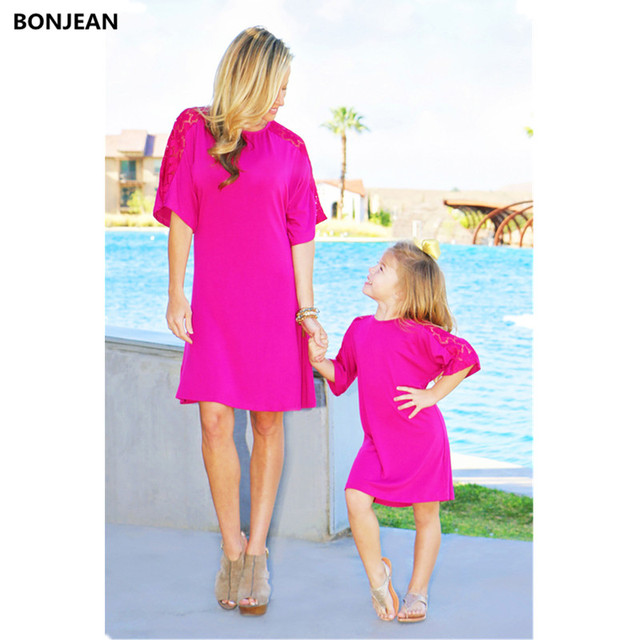 Family Matching Outfits Mommy And Me Clothes Mother Daughter Dresses Lace Cotton Summer Beach Holiday