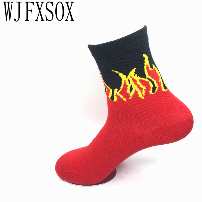 1 pairs New unisex socks Red Flame Pattern uses hip hop Crew Socks Fashion Classic Street Skateboard cotton socks Meias