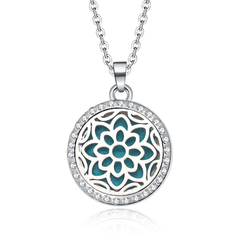 New Aromatherapy necklace Beauty flowers locket Essential Oils Aroma Diffuser rhinestones locket Perfume Pendant Necklace