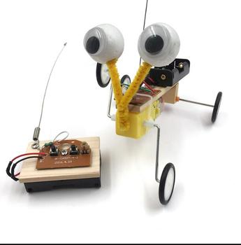 April Du DIY Children Science Experiment Toy Remote Control Robot Reptile Model Kit Electric Invention Kid Creative Education недорого