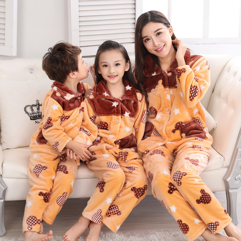 Pijamas Kids Pijama sets Warm flannel pajamas for Autumn Winter Flannel sleepwear Family clothes suite Home wear Leisure wear цена