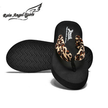 Summer Fashion Casual Low-heeled  Slip Clip Beach Slippers Comfortable Womens Flip Flop Sandal Flat Thong Sandals Plataforma