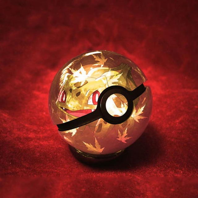 HY New Arrivels Bulbasaur Pokemon 3D Crystal Ball 7 Colors Rotation Pocket Monster 3D LED Night Light Desk Table Lamp