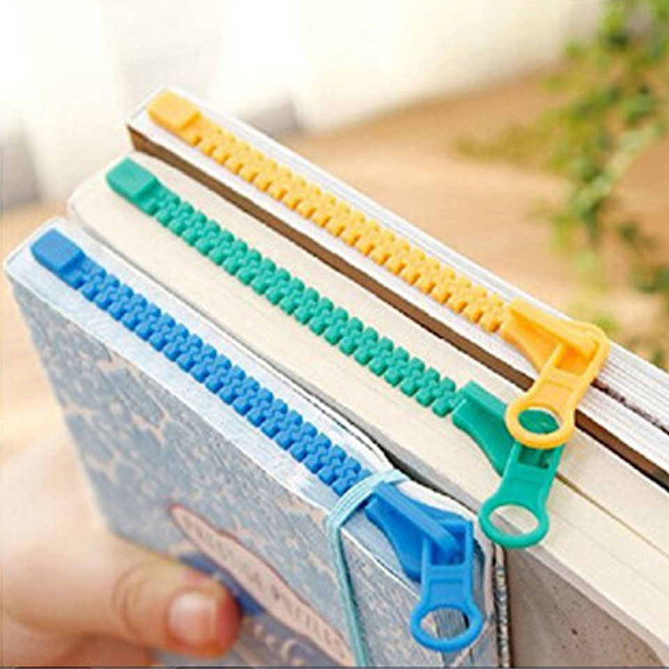 3 Pcs/Lot Plastic Bookmarks for Books Cute Cartoon Paper Clip Tab Stationery Office Accessories School Supplies Bookmark Gift 4pcs lot creative help me bookmark funny books mark novelty page holder stationery office school supplies gift free shipping