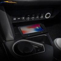 QI 자동차 무선 충전기 도요타 RAV4 2016-2019 지능형 적외선 빠른 무선 충전 자동차 전화 홀더 iphone