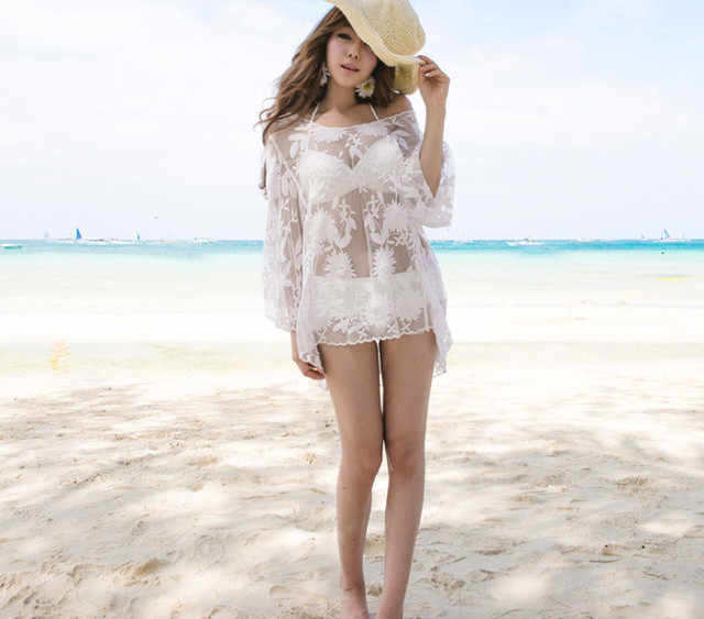 2017 new style women's hollow out flower embroidery lace shirt Europe fashion hook sexy beach top transparent lace t shirt