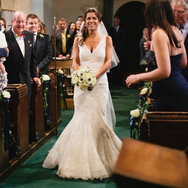 613cb6e5eebe 2014 Romantic Mermaid Celebrity Wedding Dresses Custom Made Vintage Cheap  Bride Lace Wedding Gowns Vestidos De Novia Hot Sale