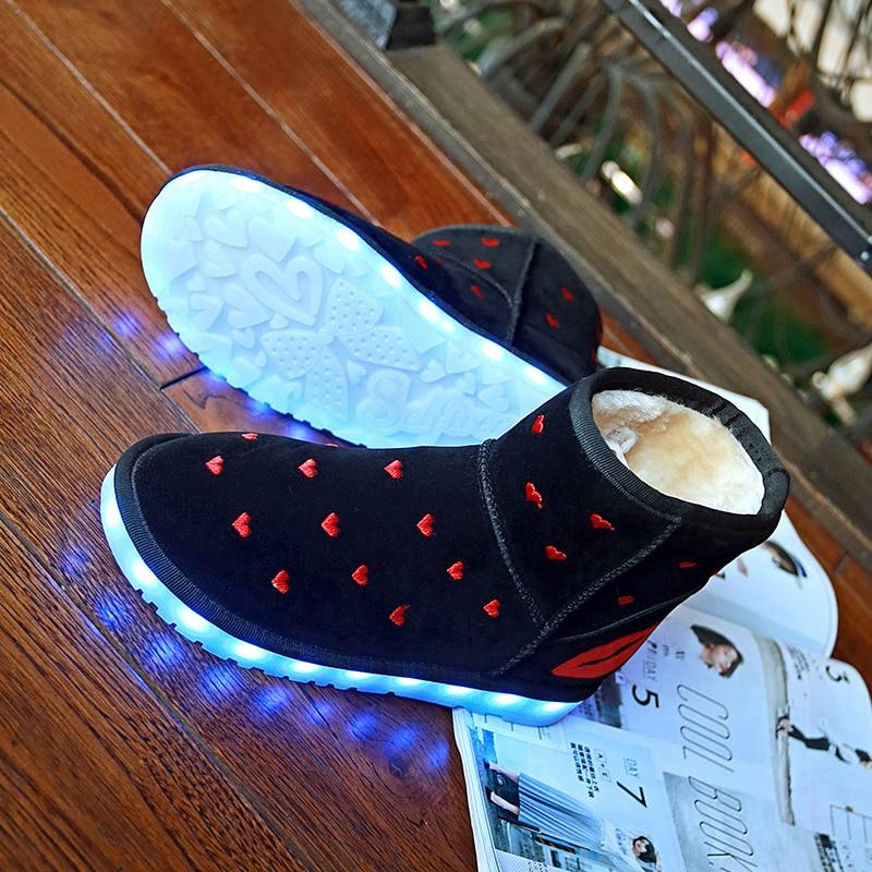 4614cbc0e22faf Yeafey Krasovki baskets lumineuses Led femmes hiver renard diamants chaud  fourrure Shoese hiver automne Led chaussures lumineuses avec lumières dans  ...
