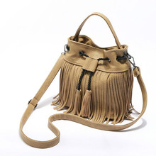 2017 Vintage Quaste Einzelnen Schulter Taschen PU Vielseitige Eimer Taschen frauen Kordelzug Handtaschen
