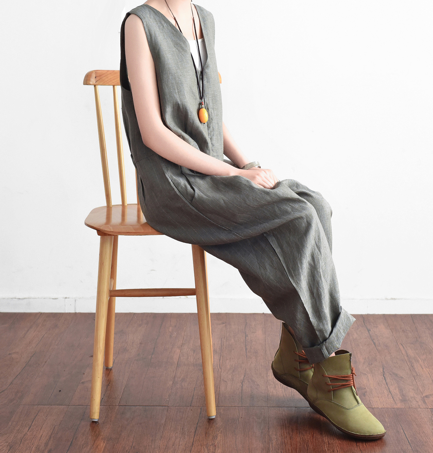 2018 Spring Women Jumpsuits Vintage New Casual Sleeveless Grey Linen Loose Original Design Plus Size Women Bodysuits