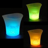 5L Su Geçirmez LED Buz Kovası Renkli Işık Yanıp Serin Barlar Gece Kulüpleri ile LED Işık Parti Şampanya Bira Kova Ücretsiz Kargo