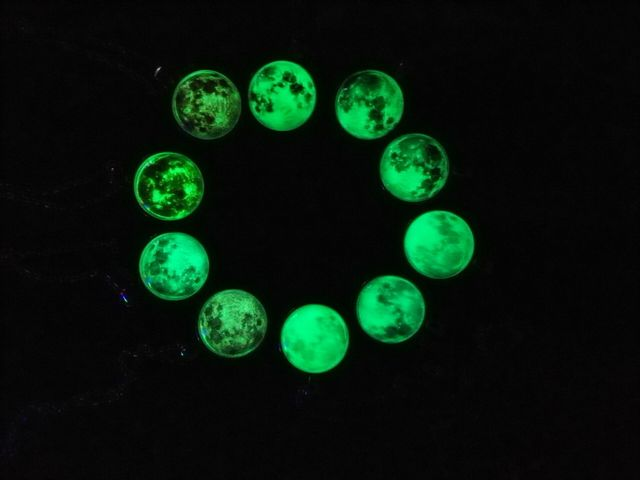 2017 New Arrival Glowing Jewelry Full Moon Necklace Handmade Glass Dome Lunar Eclipse Necklace Glow in the dark Pendant Jewelry 5