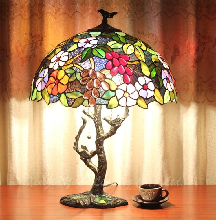 Eusolis 16-inch Table Lamp Mosaic Stained Glass Bedside Lamp De Chevet Enfant Deco Nordic Lampara Dormitorio Bed Lampje eusolis 12 inch stained glass table light mosaic lamper lamparas de mesa para el dormitorio bedside lamp art deco abajur