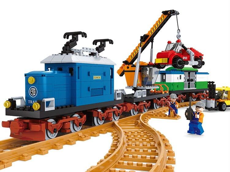 Série de trains Ausini briques de Construction gare de fret blocs de Construction ensemble avec poupées 724 pièces Compatible