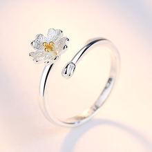 Женское кольцо с маленькими цветами из стерлингового серебра