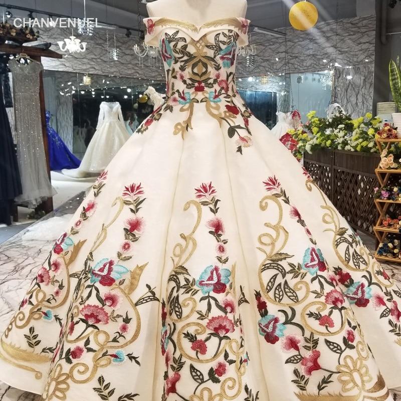 LSS490 coloré robes de soirée de longueur de plancher hors de l'épaule chérie dentelle dans le dos gonflé de bal robes nouvelles dames robe 2019