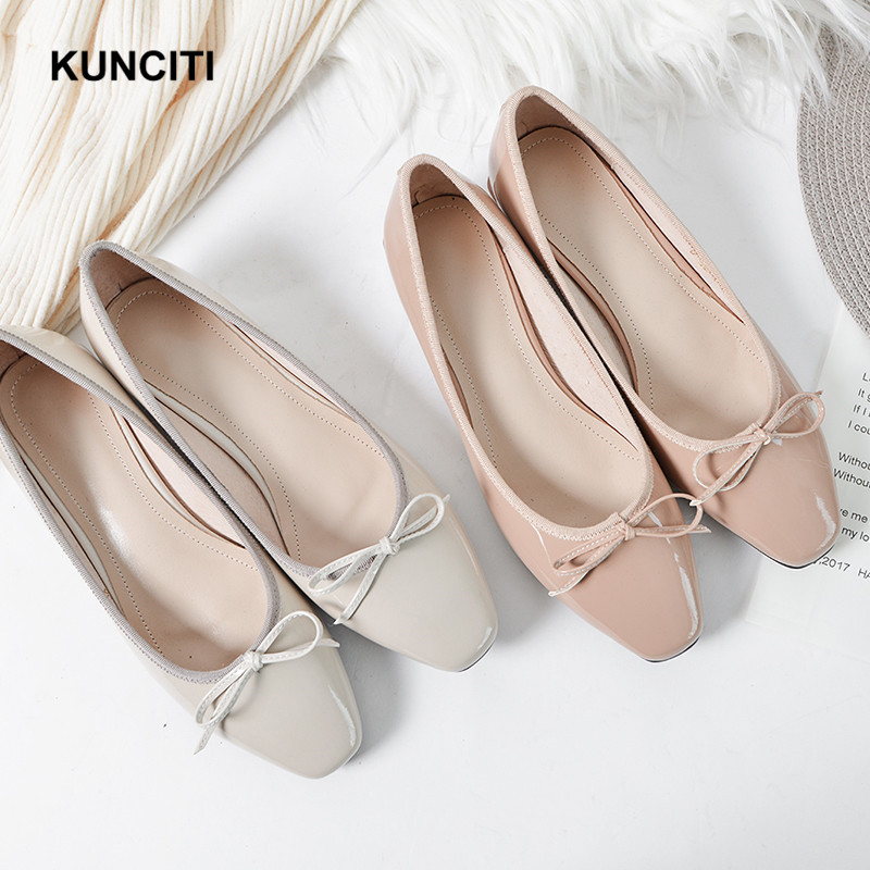 2019 Patent Leather Low Heels New Designer Fashion Ladies Pumps Butterfly knot High Quality Office Ladies