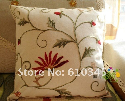 Wholesale free shipping hand made crewel embroidery for Cojines para sofas