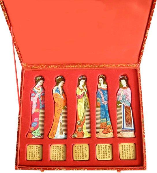 ФОТО 2017 New Sale Hot Classic!hot Sale!gifts With Chinese Characteristics Set 5 High Spun Gold Wood Comb-g143