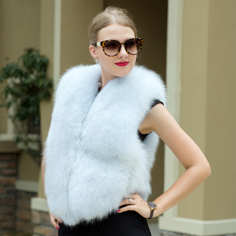 2018 new hot selling 100 real blue fox fur vest fashion air female winter jacket hot
