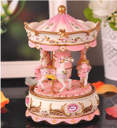 Hand Cranked musical box Clockwork Type Swivel hobbyhorse  Resin Creative princess birthday gift present  FG440Hand Cranked musical box Clockwork Type Swivel hobbyhorse  Resin Creative princess birthday gift present  FG440