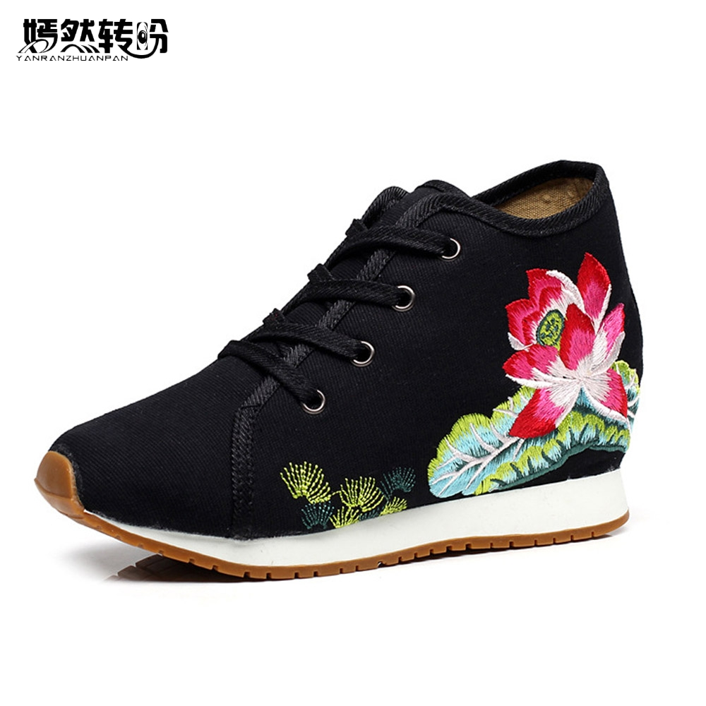 Women Shoes Lotus Floral Embroidery Travel Canvas Chinese Lace Up Casual Cotton Cloth Platforms Shoes Woman Sapato Feminino summer women shoes casual cutouts lace canvas shoes hollow floral breathable platform flat shoe sapato feminino lace sandals