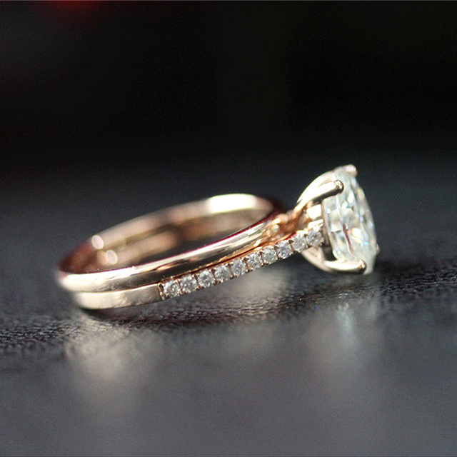 14K Rose Gold 6X8mm 1.5ct Carat Oval Brilliant Cut Moissanite Engagement Ring&Wedding Band Ring Set For Women 3