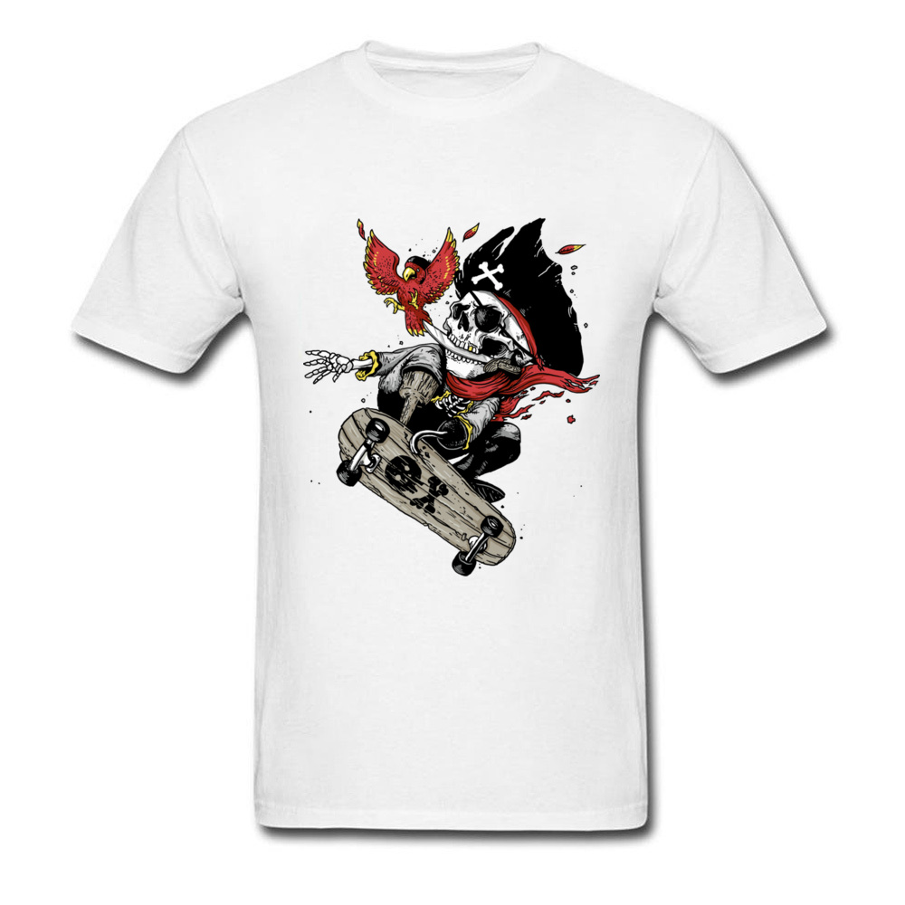 Crazy T-Shirts Men Cool Pirate Skull Play Skateboards Summer T Shirts 3D Digital Magic Tshirt Hot Sale All Hands On Deck