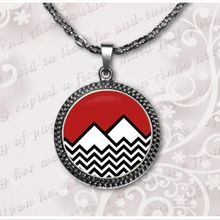 Fashion 2017 new Twin Peaks Necklace Twin Peaks Jewelry Glass cabochon necklace pendant  art gift for her or him  A-043-1 HZ1