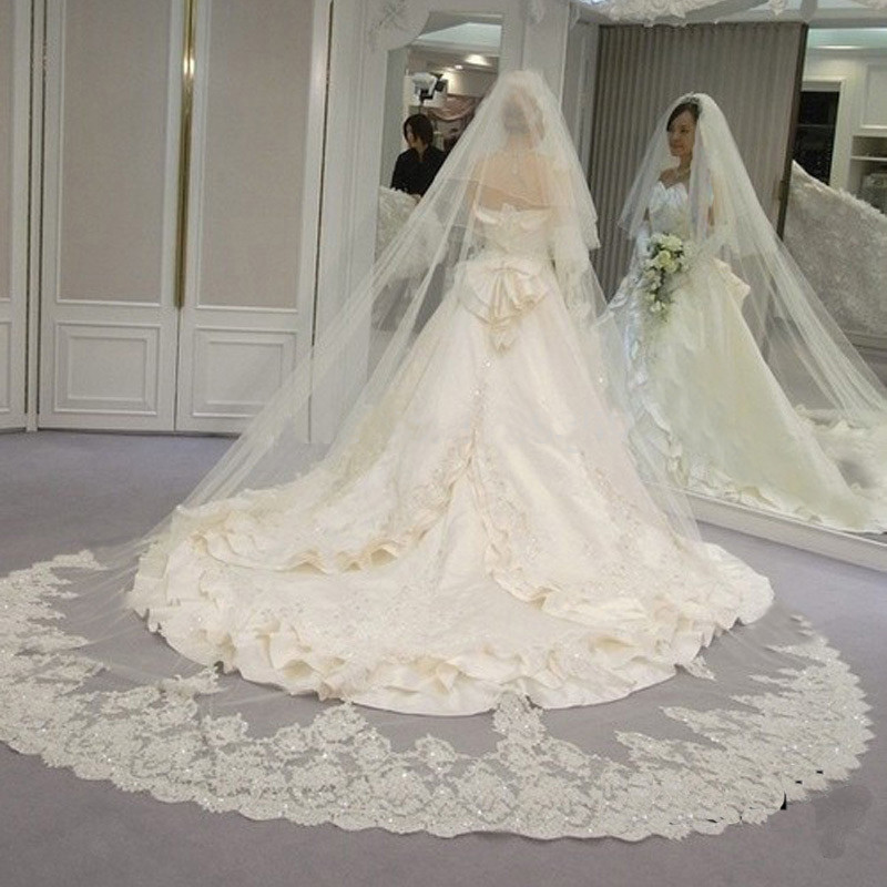 2017 Hot Real Bride Mask Veil 4 Meters 2T White Ivory Sequins Blings Sparkling Lace Edge Purfle Long Cathedral Wedding Veils