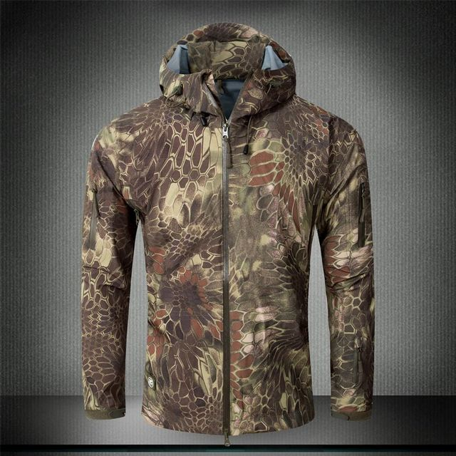 Men Army Green Waterproof Hard Shell Military coat Shark skin bomber jacket  Camouflage Hooded Tactical Windbreaker feea3f4b17