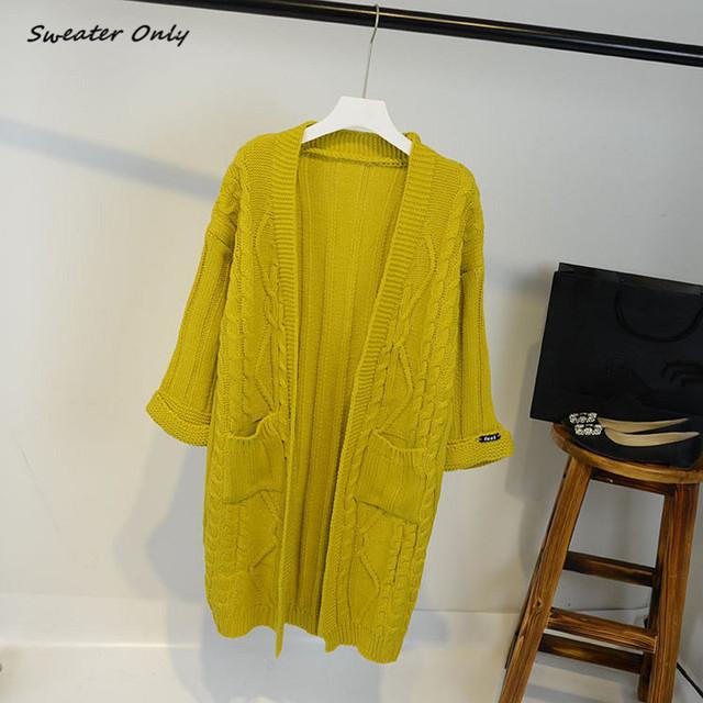 De las NUEVAS mujeres calientes otoño invierno de tres cuartos de punto cardigans escudo Torcedura mujeres de bolsillo de parche femenino suéter chaqueta chica suéteres