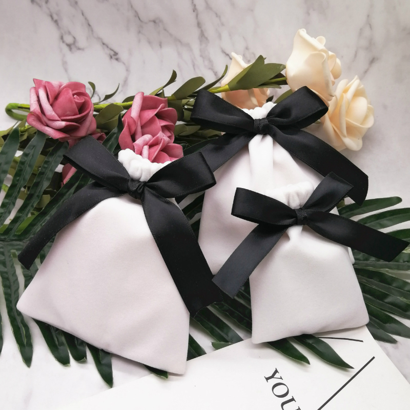 5PCS Velvet Bag Jewelry Packaging Pouch Makeup Birthday Wedding Party Gift Bags Wrapping Suppllies Custom Ribbon Drawstring Sack