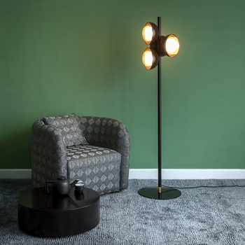 北欧 LED フロアランプ現代立ちライトリビングルームのホテルのベッドサイドのフロアランプ 4 個 LED 電球送料無料