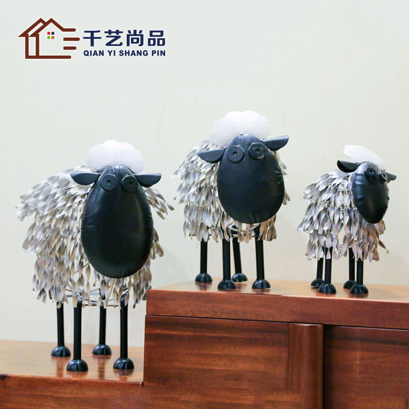 American Animal trick money back to the creative arts and crafts sheep bar KTV home decoration soft furnishings living room