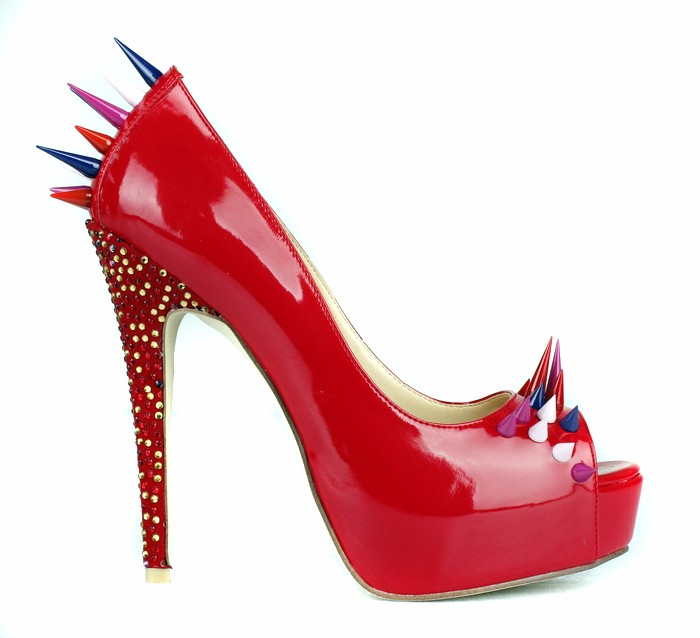 Red patent leather rivets studded high heel shoes sexy pee toe slip on woman pumps fashion crystal embellished platform heels