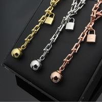 High quality fashion brand jewelry is full of lovers' necklace, stainless steel necklace, men's and women's jewelry three colors