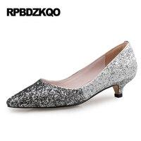 Colorido Zapatos señoras europeas novia en punta 3 cm 1 pulgadas 12 44 Bombas más tamaño estilete Tacones altos púrpura boda
