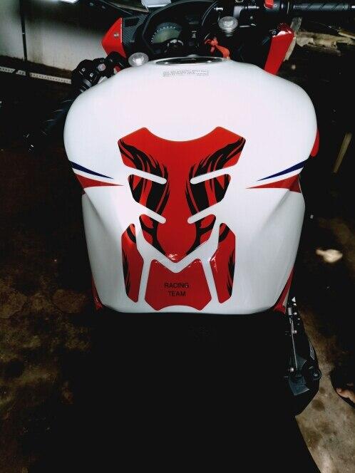 3D Motorcycle Fuel Tank Decals Pad Protector Cover Stickers For Honda CBR Yamaha R1 R6 Kawasaki Suzuki KTM Benelli