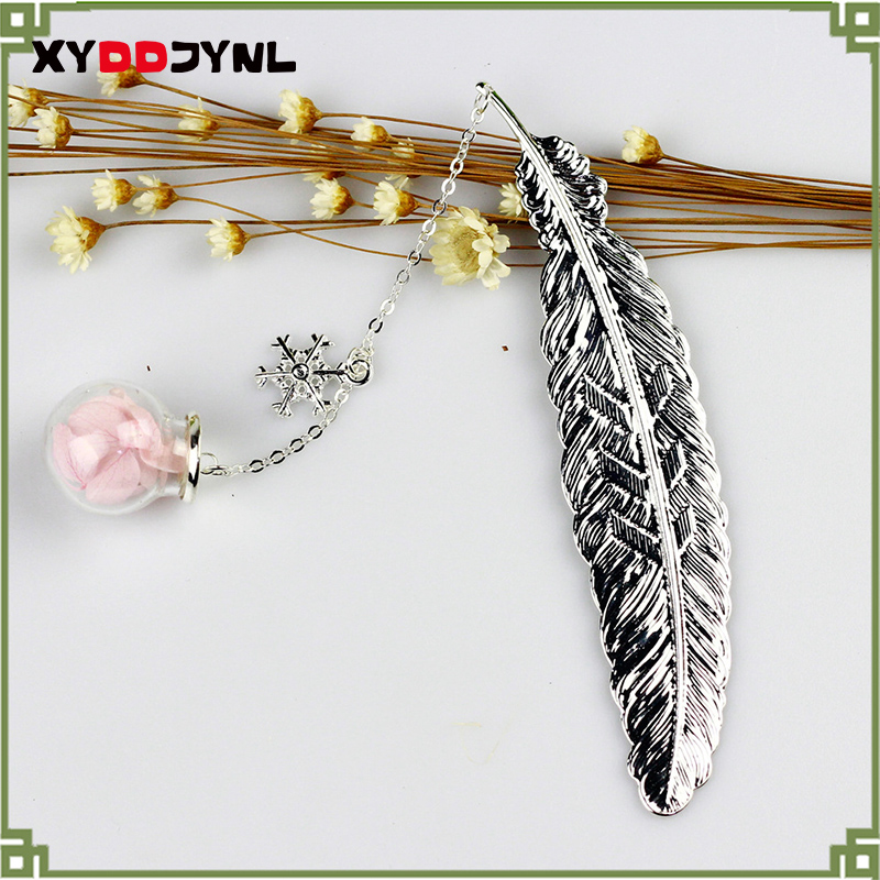 1pc Metal Bookmark Creative Retro Feather Design Office Beautiful Bookmarks Students School Supplies for Children Gift