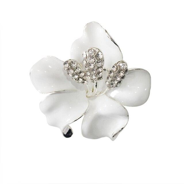 Meajoe Trendi Berlian Imitasi Kristal Lily Bunga Bros Mawar Merah Lima Warna Logam Bros Perhiasan untuk Wanita Hadiah Teman